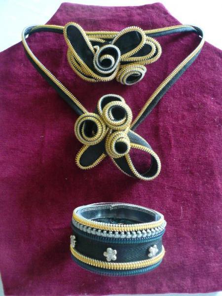 šperk ze zipu